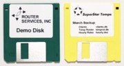 Dymo 30324 Diskette Labels, White, Permanent Adhesive 320/Roll printer supplies by Dymo